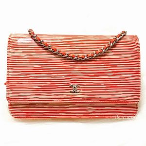 {CHANEL} ULTRA RARE Red Stripes Patent WOC